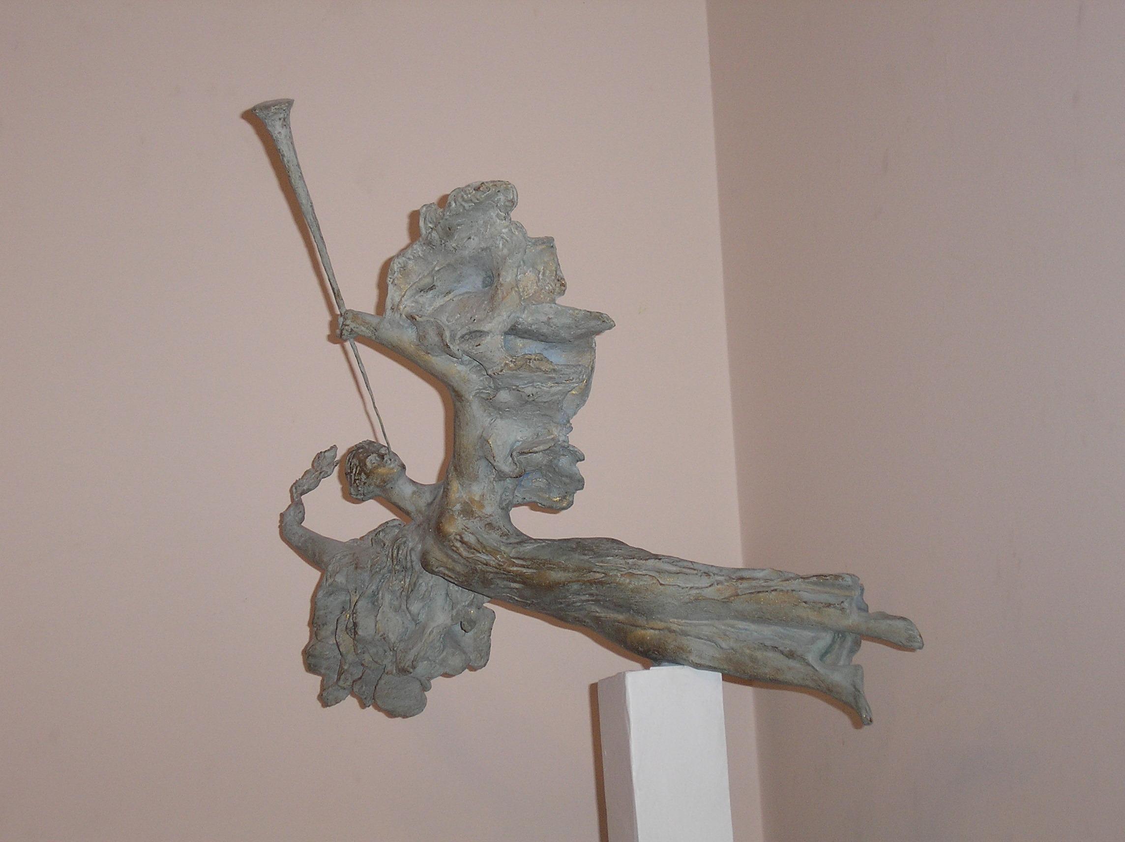 """А. Письмиченко, """"Полнолуние"""", композитный материал, камень, 2005 г."""