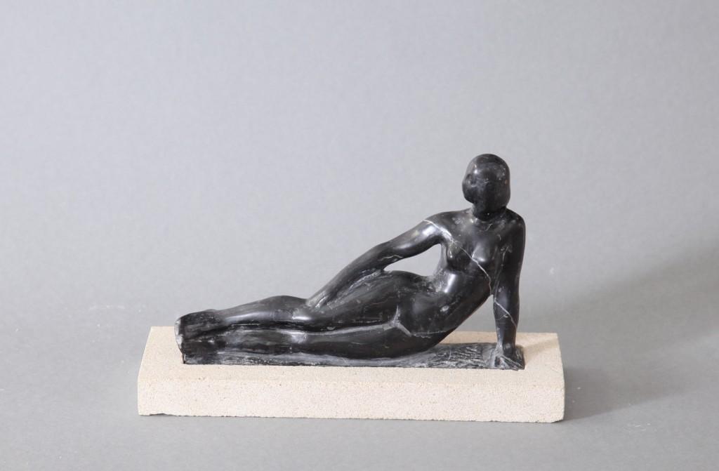 А. Коваль, «Летняя ночь», чёрный мрамор, 2006 г.