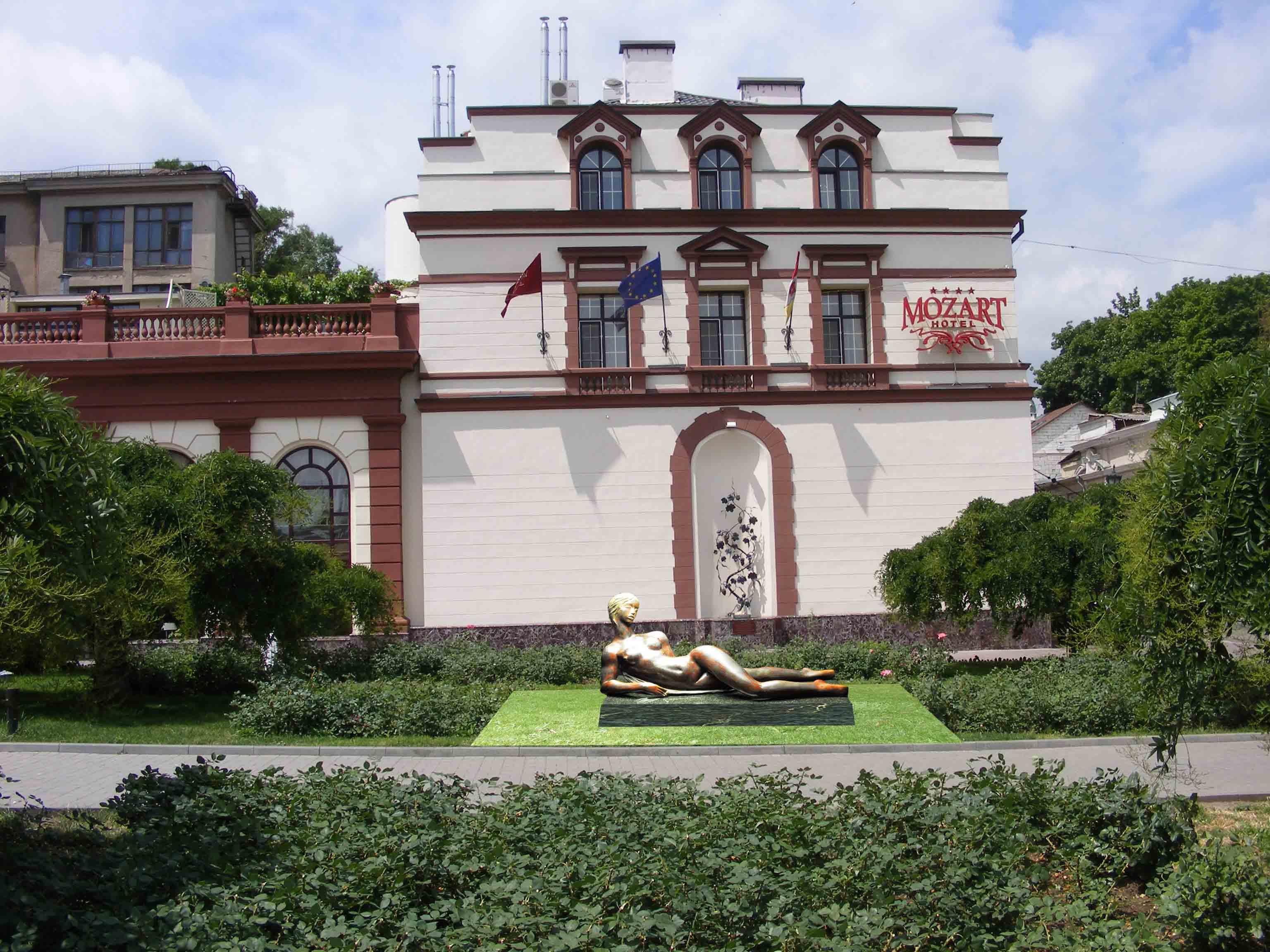 Серафим Чаркин, проект скульптурной композиции «Ева» для Театральной площади